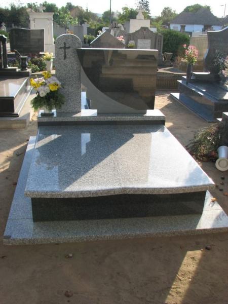 Bianco Tarn/Nero Impala dupla gránit sírkő