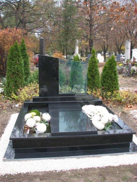 Nero Zimbabwe gránit dupla sírkő gránit-üveg emlék kombinációval