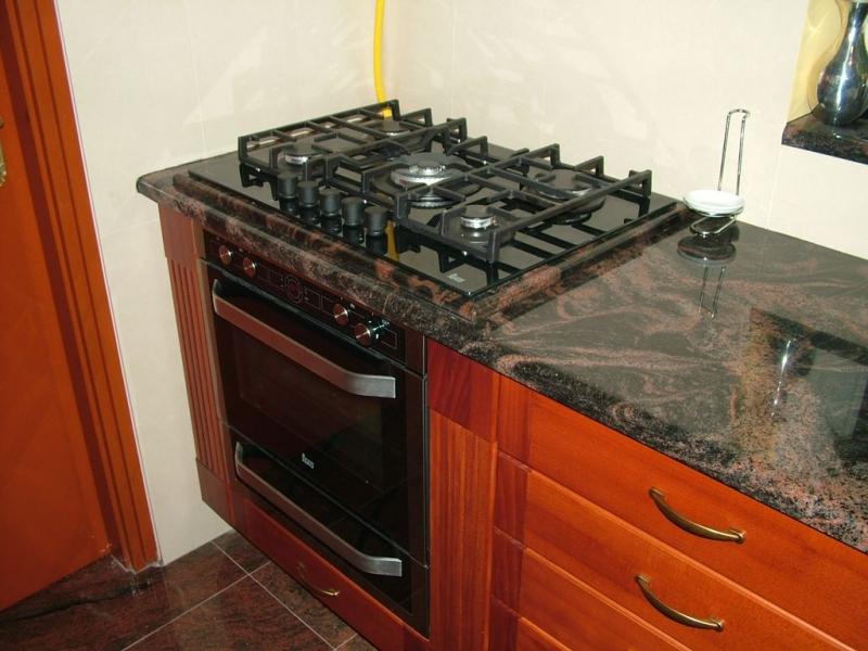 Aurora India gránit konyha pult kiemelt tűzhely résszel