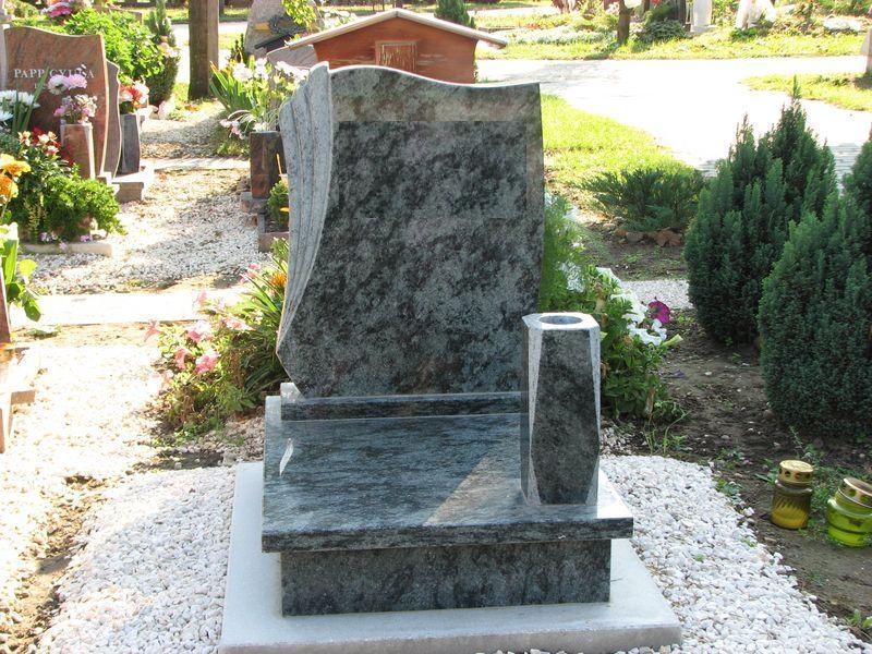 Olive Green gránit urna sírkő, mart emlékrésszel, szögletes vázával