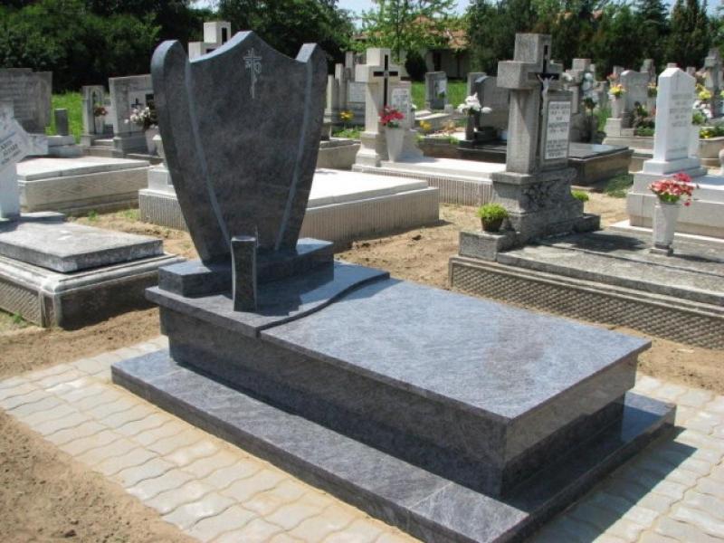 Vizag Blue szimpla gránit sírkő osztott