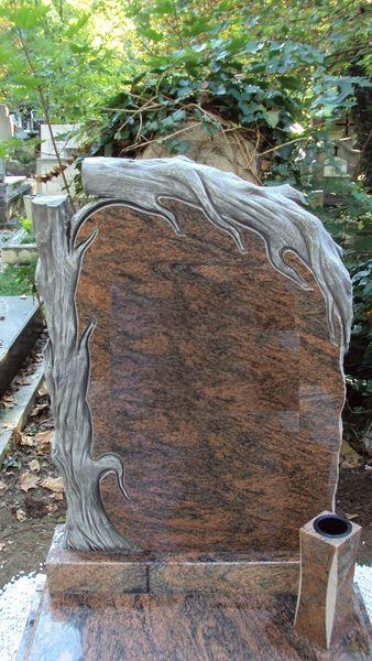 Multicolor szimpla gránit sírkő faragott fatörzs emléke